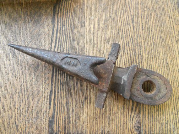 Primitive Cast Iron Sickle Bar Mower Tooth from by rustysecrets