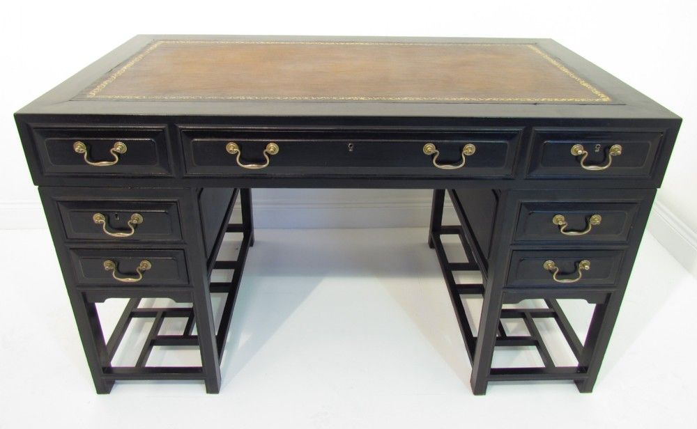A Decorative Antique Chinese Black Ebonised Pedestal Desk - A Decorative Antique Chinese Black Ebonised Pedestal Desk Asian