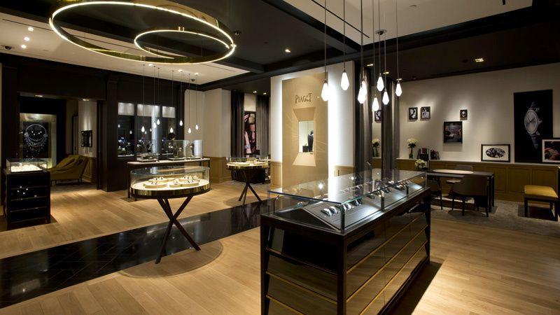 Piaget boutique elegant watch displays watch displays for Luxury boutique