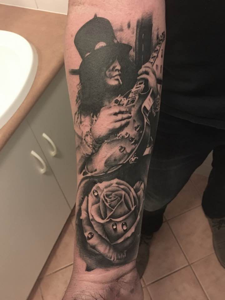 Black and grey slash guns n roses tattoo by lou shaw for Guns n roses tattoos