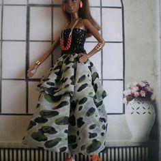 Jade  -  poupees  fashion royalty  -  barbie