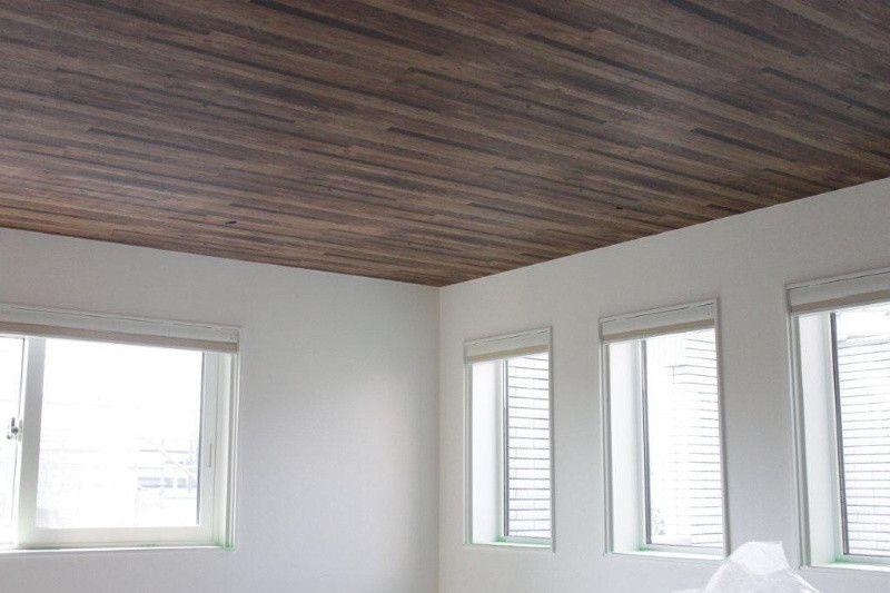 木目調の天井クロスと白い壁紙 の画像 一条工務店 I Smartで建てる