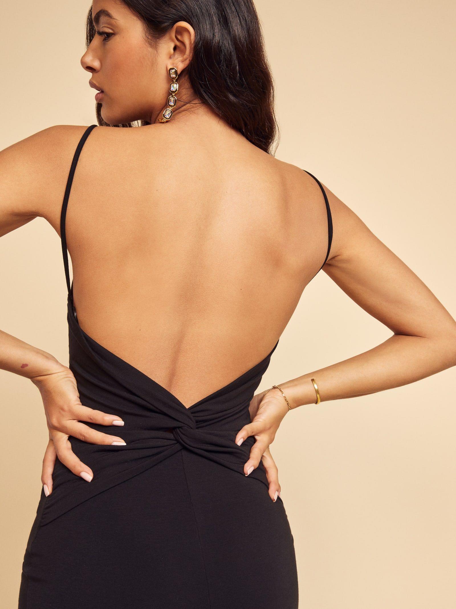 Hex Dress In 2021 Backless Dress Fashion Dresses [ 2133 x 1600 Pixel ]