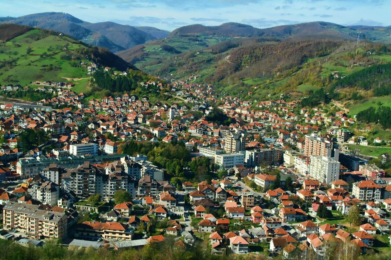 Черногорский город Биело-Поле расположен вблизи границы с Сербией