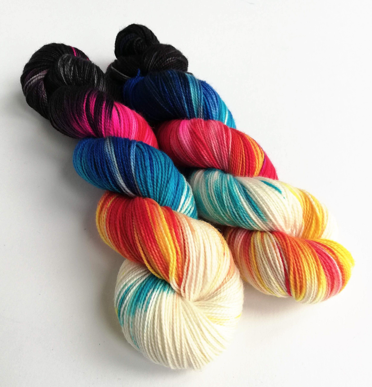 4 ply sock yarn Naturally hand-dyed yarn