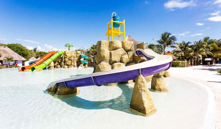 Best Resort With Water Slides Kids Club And Near Cancun