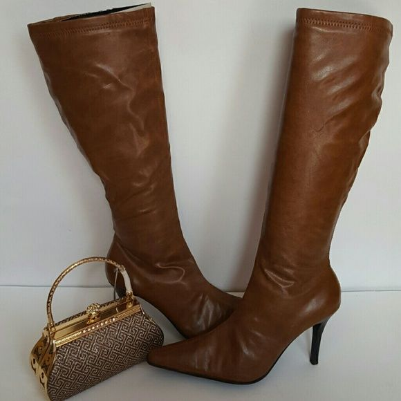 """""""HOT"""" Diva , Chic Cognac Boots ! Stunning  These are gorgeous Chic , hot leather knee high  boots in excellent & gently worn condition . They are so pretty there are no words! They are a size 8.5 & the heel measures 3.5""""! Beautiful fall/winter boots that look great with everything & match everything. They zip up the sides & have some stretch to then.  Any Q's feel free to shoot me a message ! Thanks for peeking in my closet ! Diva DNA  Shoes Heeled Boots"""