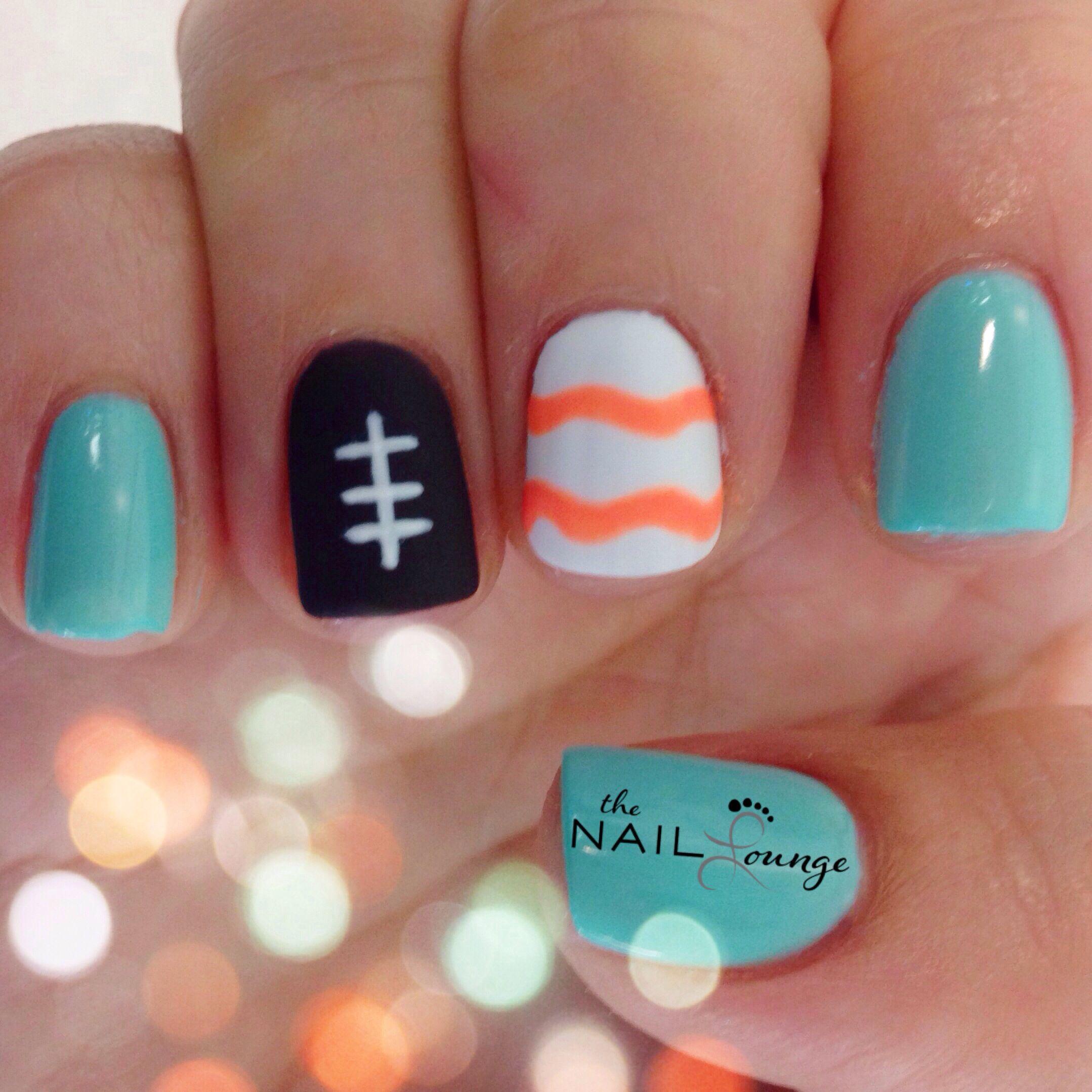 Miami dolphins gel nail art | Belleza | Pinterest | Manicuras, Uña ...