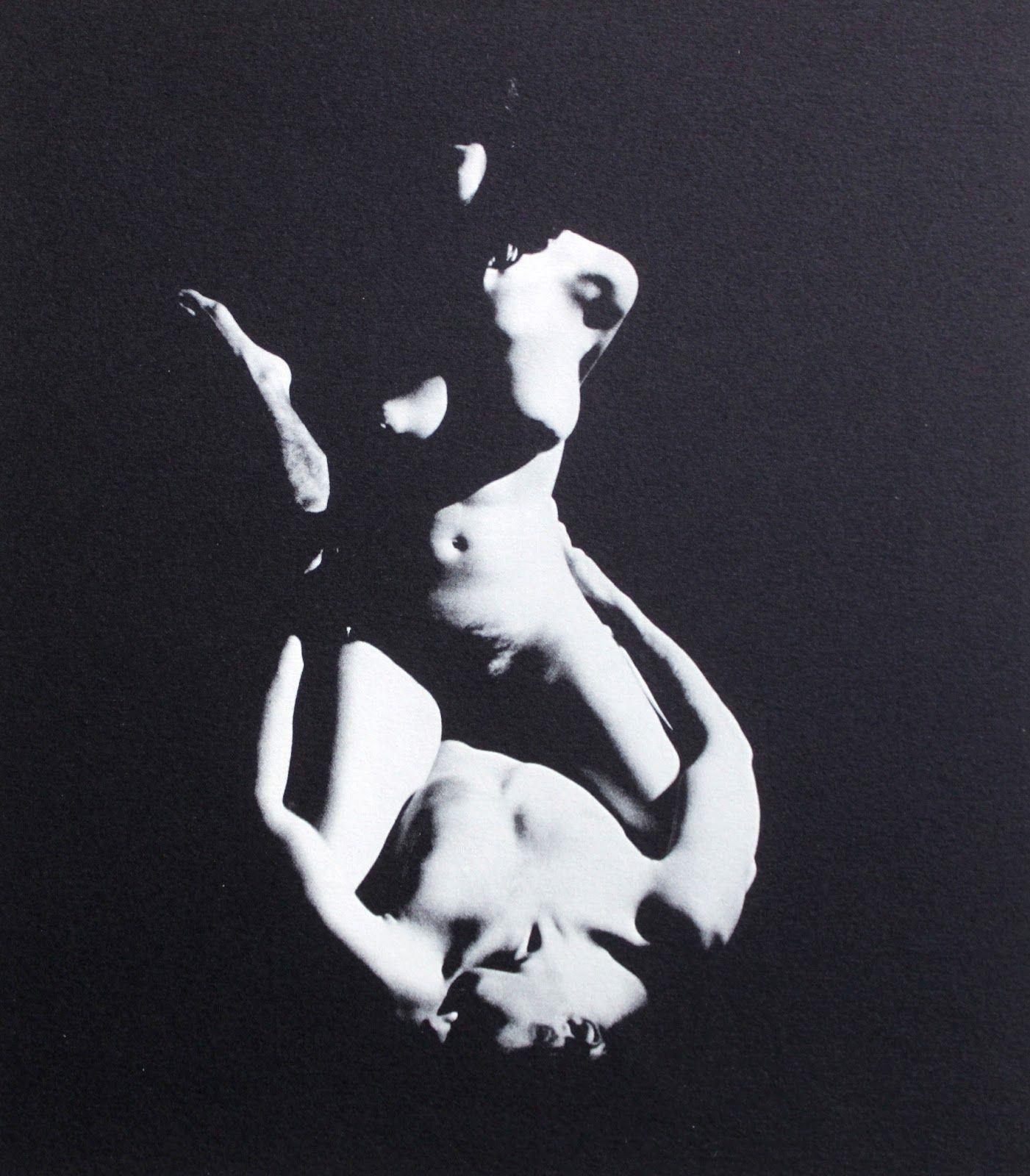 Pierre JOUSSON photographe     ÉROTIQUES     La Balance, 1967      Portfolio à l'italienne in-folio (40 x 29 cm), en feuilles, 1 fe...