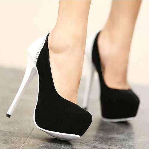 I love these black and white heels!