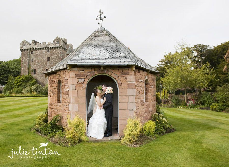 A romantic scottish wedding at Comlongon Castle, Dumfries ...