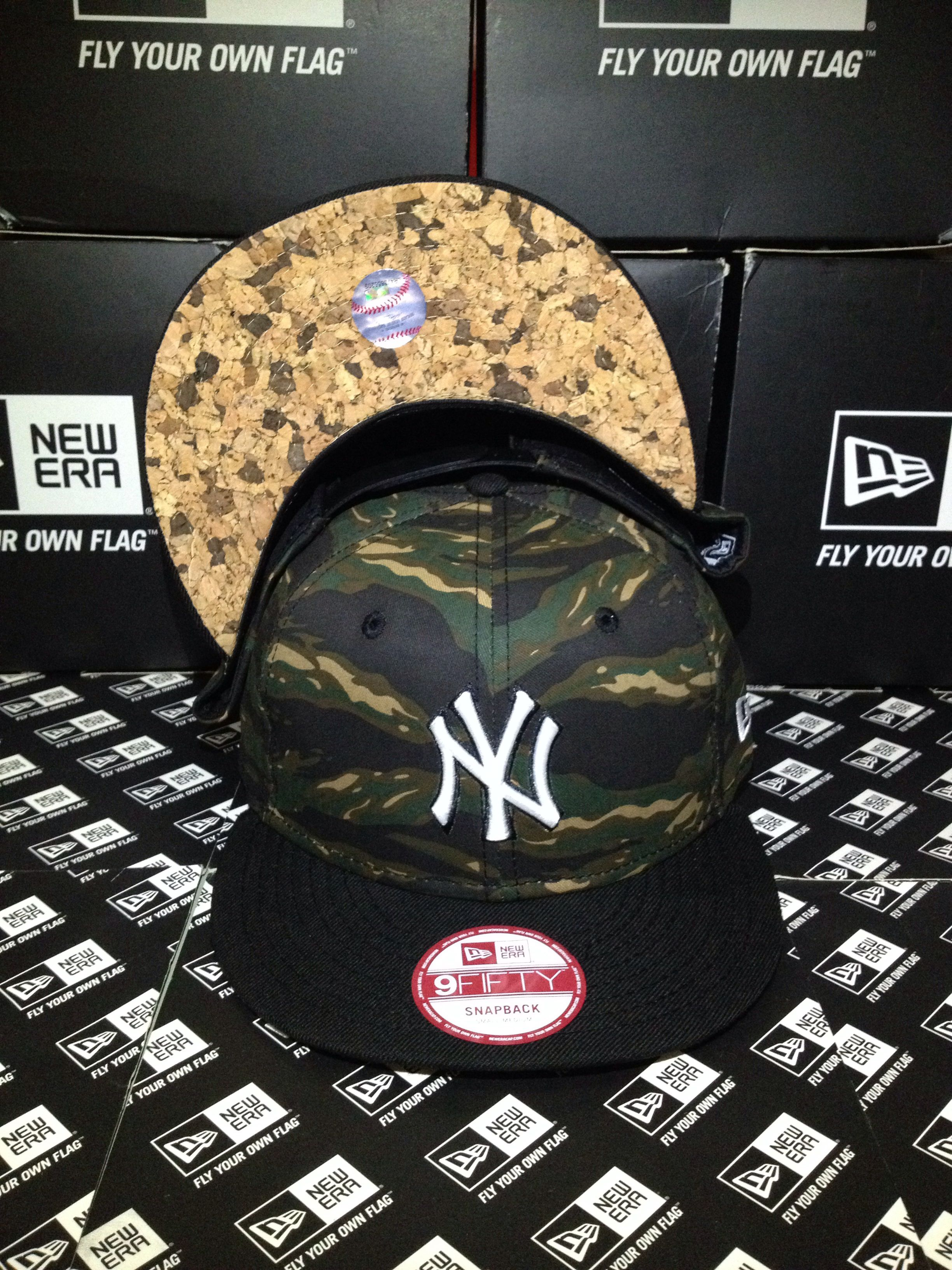 New York Yankees MLB Tiger Camo Underbrim Cork New Era 9FIFTY Snapback Small Medium   newera  neweracap  snapback  9fifty 8dccc8d5dec6