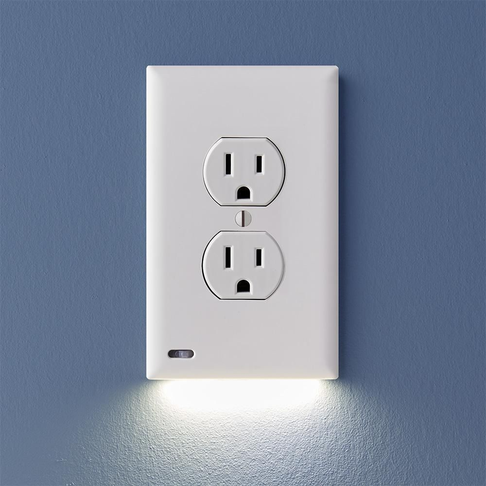 Outlet Wall Plate With Led Night Lights No Batteries Or Wires Intomeh Plates On Wall Led Night Light Night Light