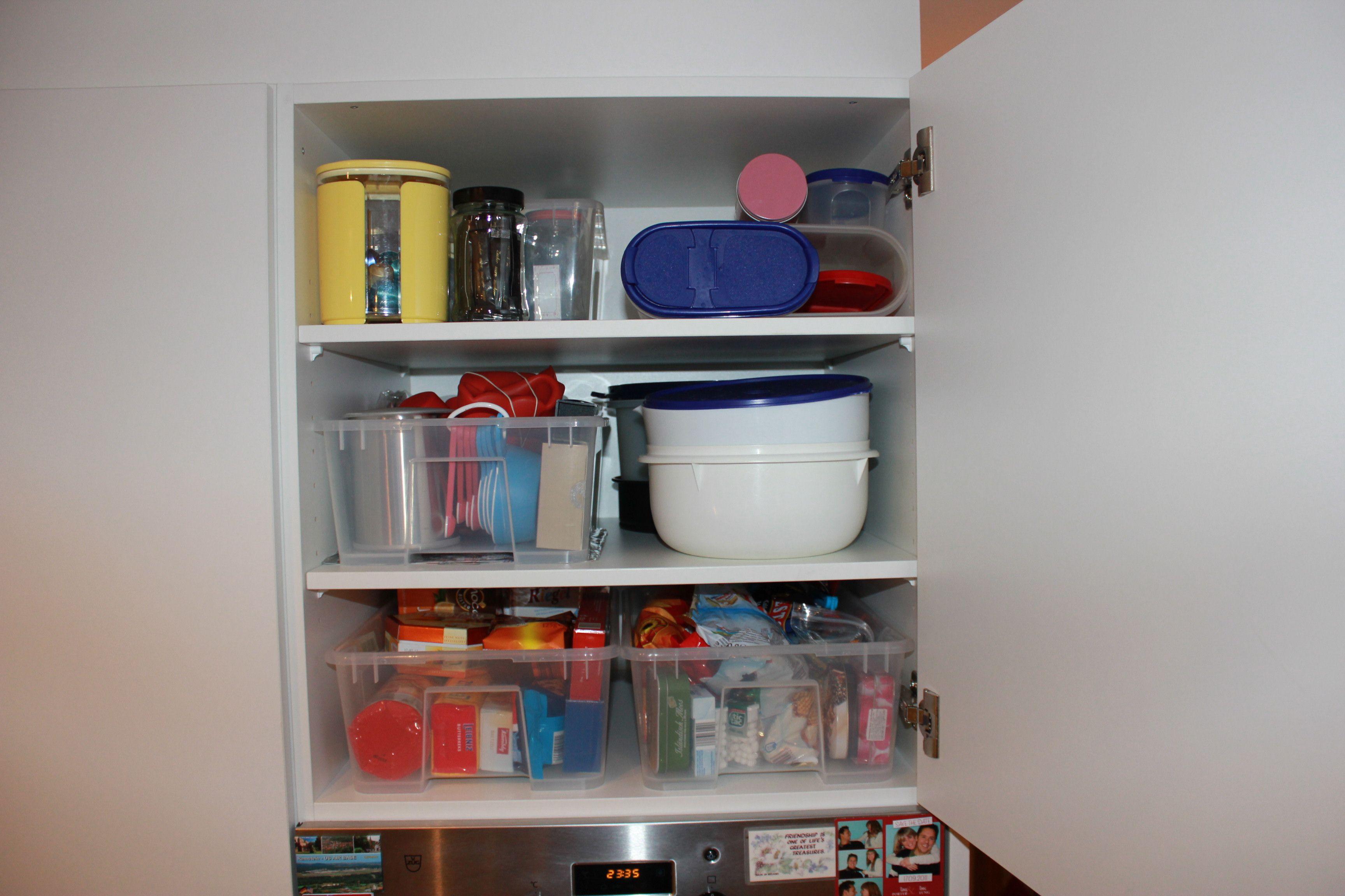 Küchenschränke können gut mit IKEA Boxen optimiert werden. | Ordnung ...