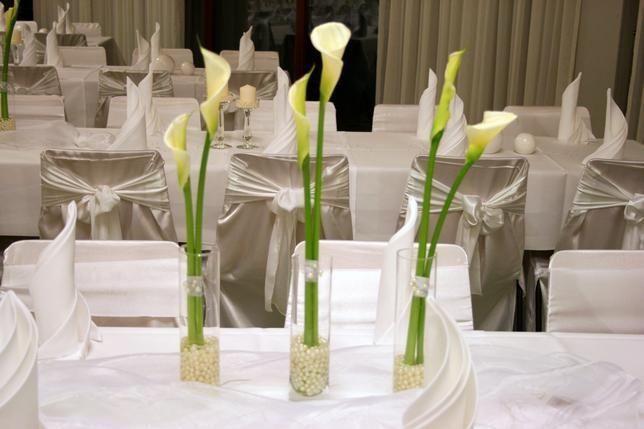Tischdeko Mit Callas Tischdekoration Hochzeit Hochzeit Deko Tischdeko Hochzeit
