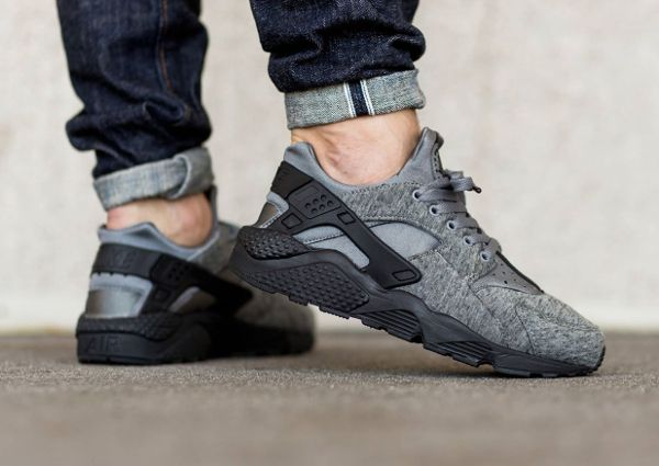 purchase cheap c4487 a07a8 Nike Air Huarache Fleece TP Tech Pack