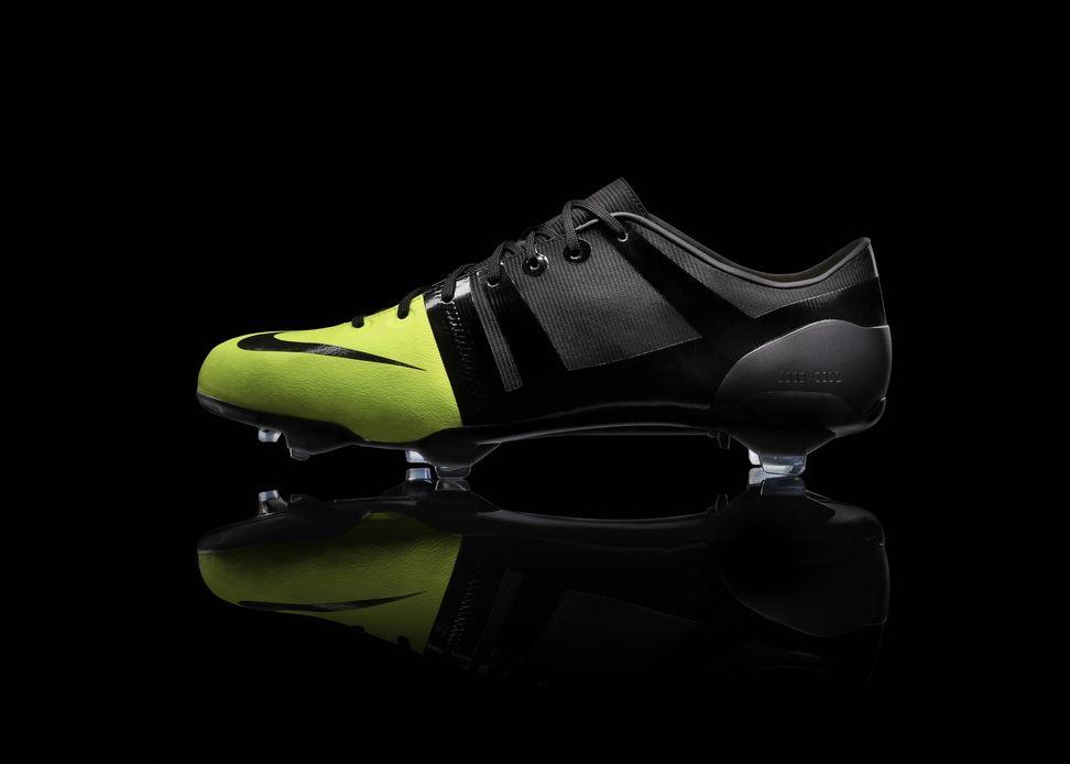 b7e4775b5691e Nike lanza los tenis de fútbol más rápidos