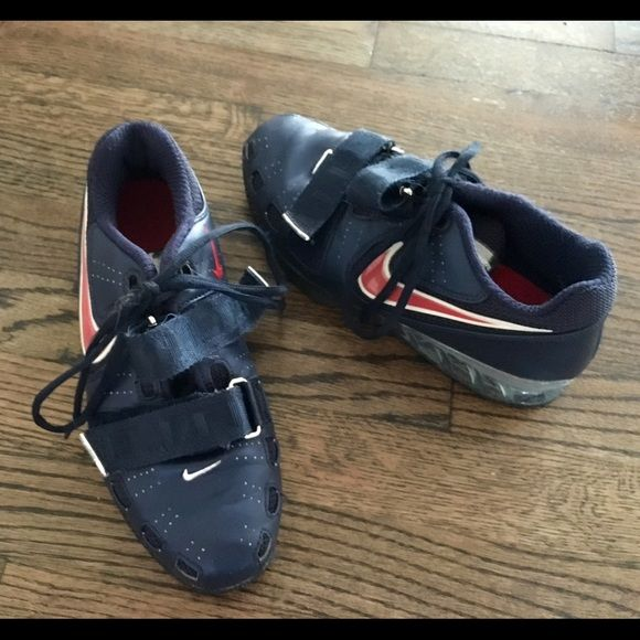 776eeb5ce654 Nike Romaleos 2 Weightlifting Shoes 5.5 OBO Navy