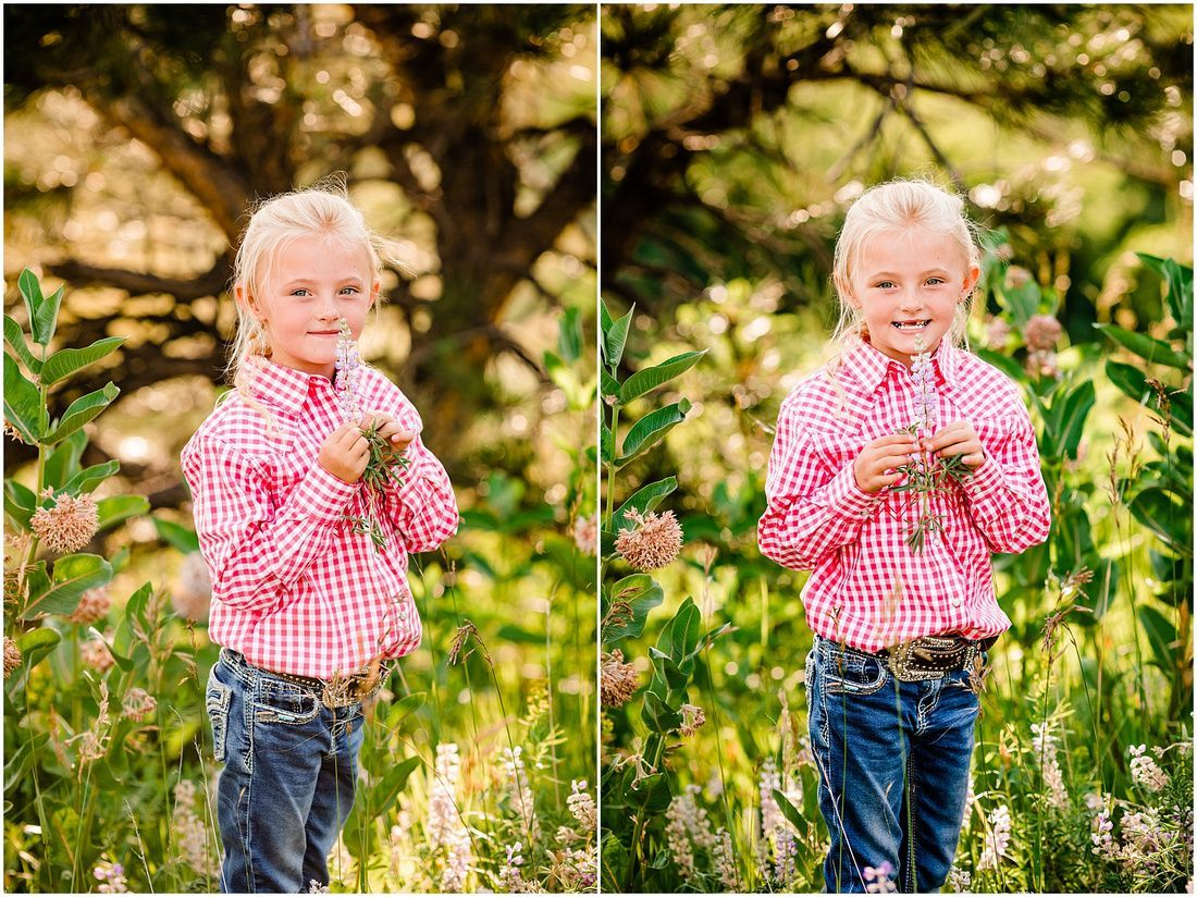 Miss Cindy's Family // Elizabeth Colorado Family Photographer #extendedfamilyphotography Summer extended family photo ideas, Relaxed posing for mom with three kids, Fun poses with elementary aged children, pose ideas for mom with grandma and kids, Colorado summer photography inspiration, Elbert County family photo session, Laura Smith Photography #extendedfamilyphotography