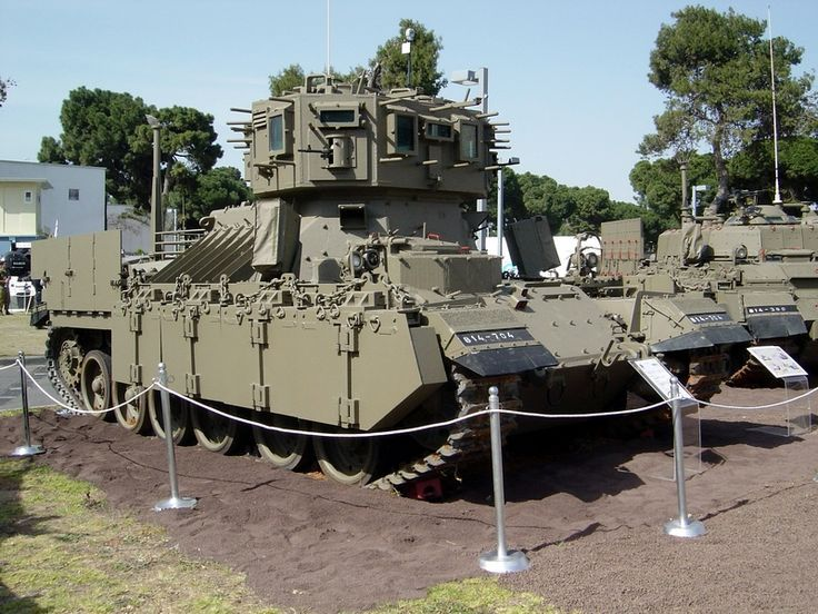 La Internet Profecía Oso polar  Puma APC during training of the 601st Battalion of the Israel Engineering  Corps The Puma armored engineering veh…   Military vehicles, Tanks  military, Army vehicles