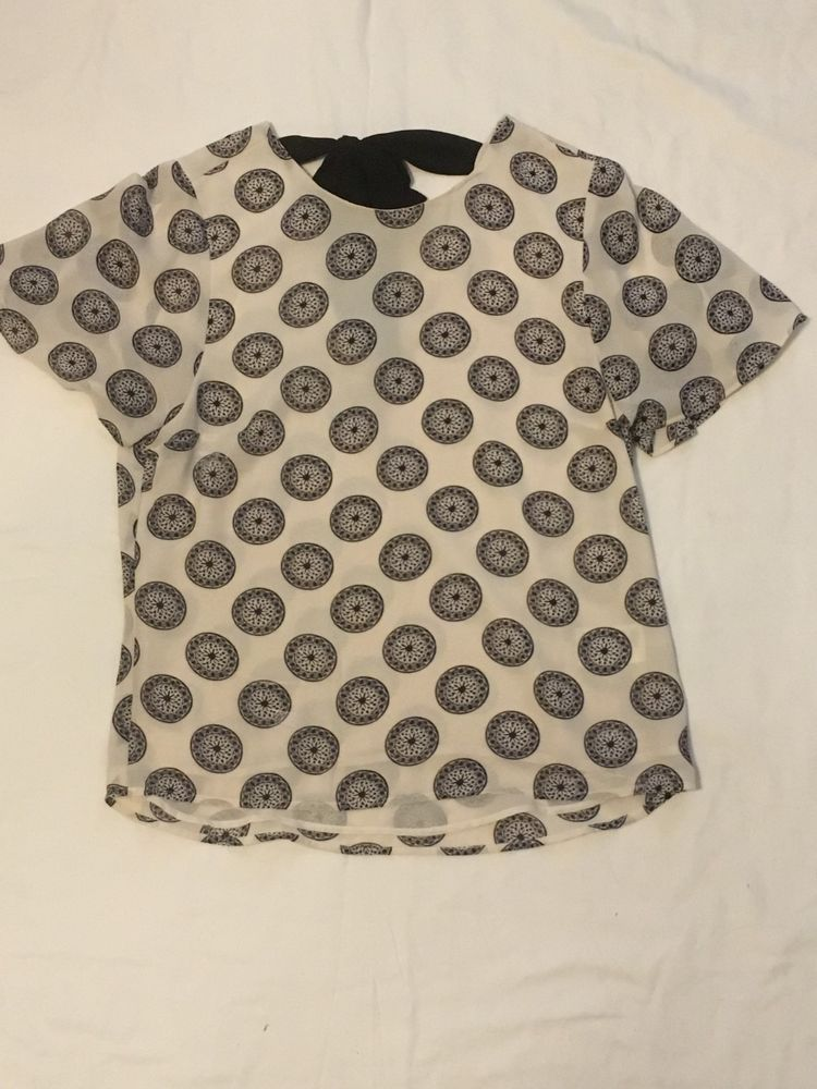 a54d8f2b8da H M Sheer Black and White Pattern Short Sleeve Top with Back Tie Size 6   fashion