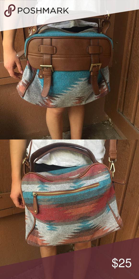 Messenger Bag Unbranded Messenger bag, crossover. Large. Un branded. Bags Crossbody Bags