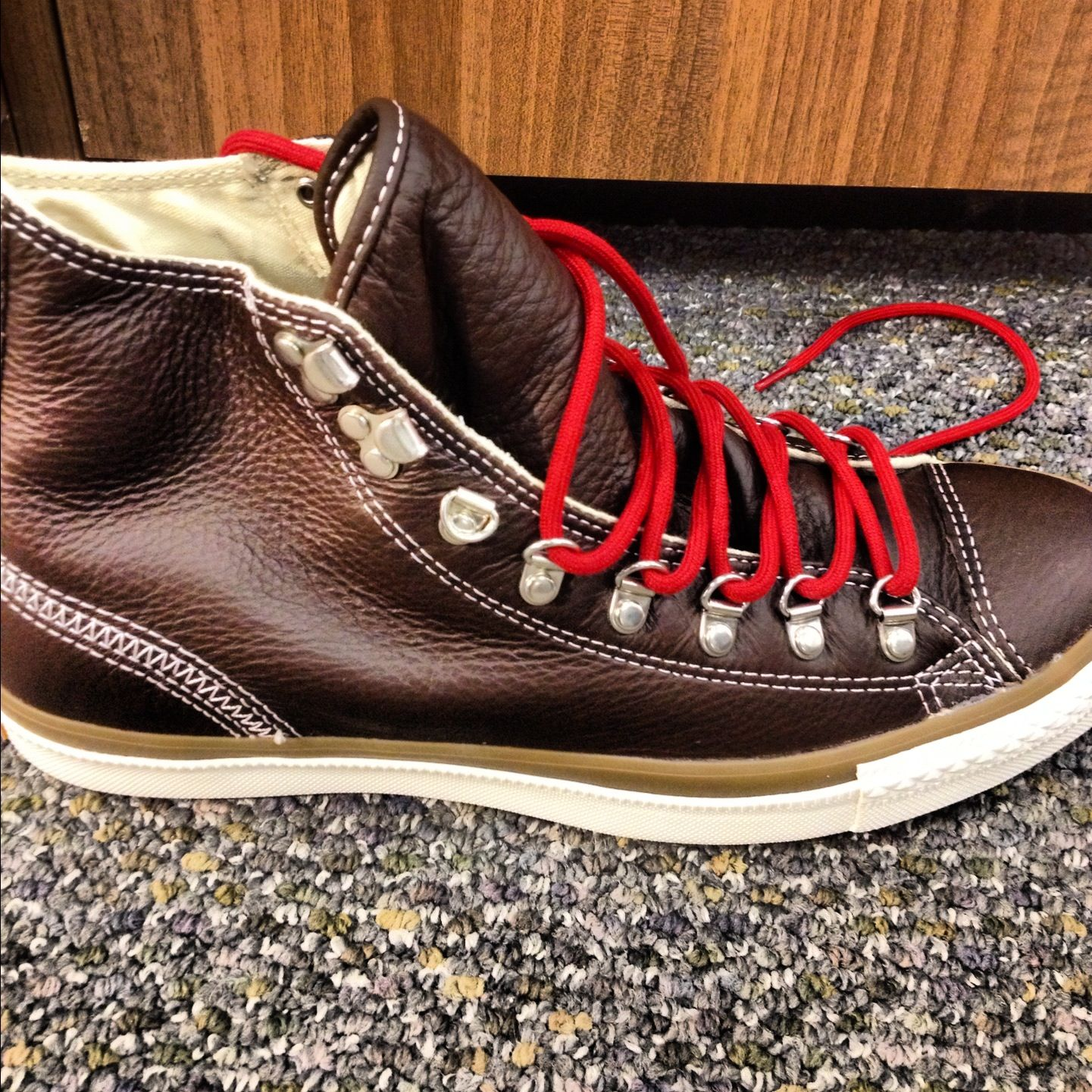 Sneakers that look like boots #converse