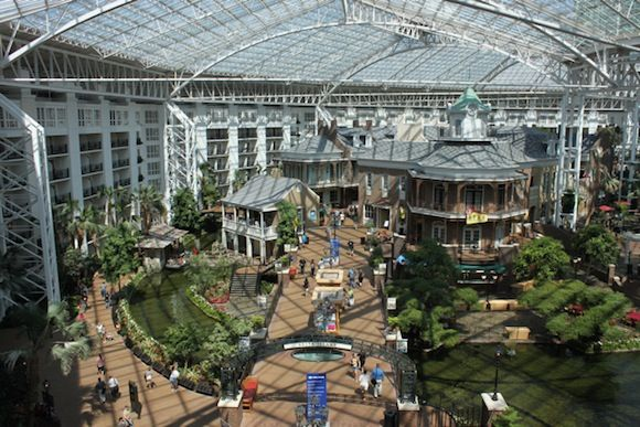 After The Flood Nashville S Rebuilt Lord Opryland Hotel Gadling