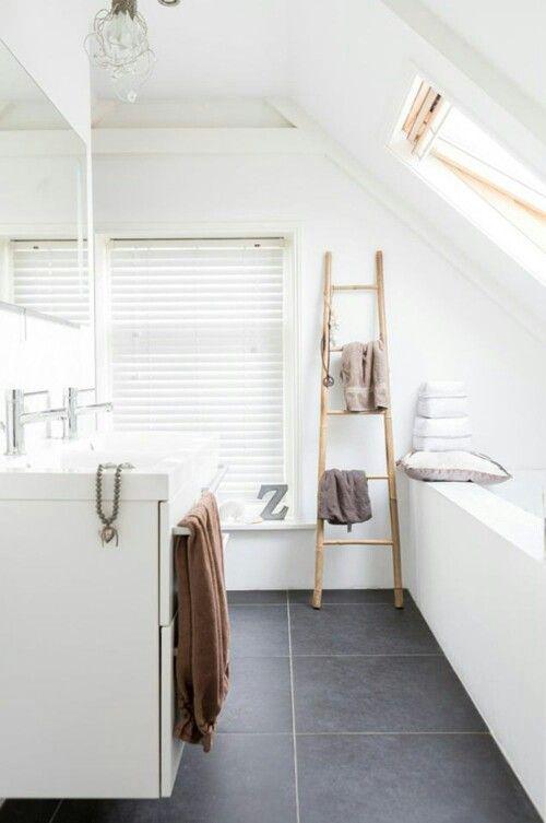 Blanc et sol gris ardoise | Décoration intérieure | Salle de bain ...