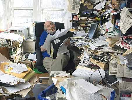 messy office pictures. there are a few hallmark signs of disorganization and chaos very poignant one is messy desk office pictures r