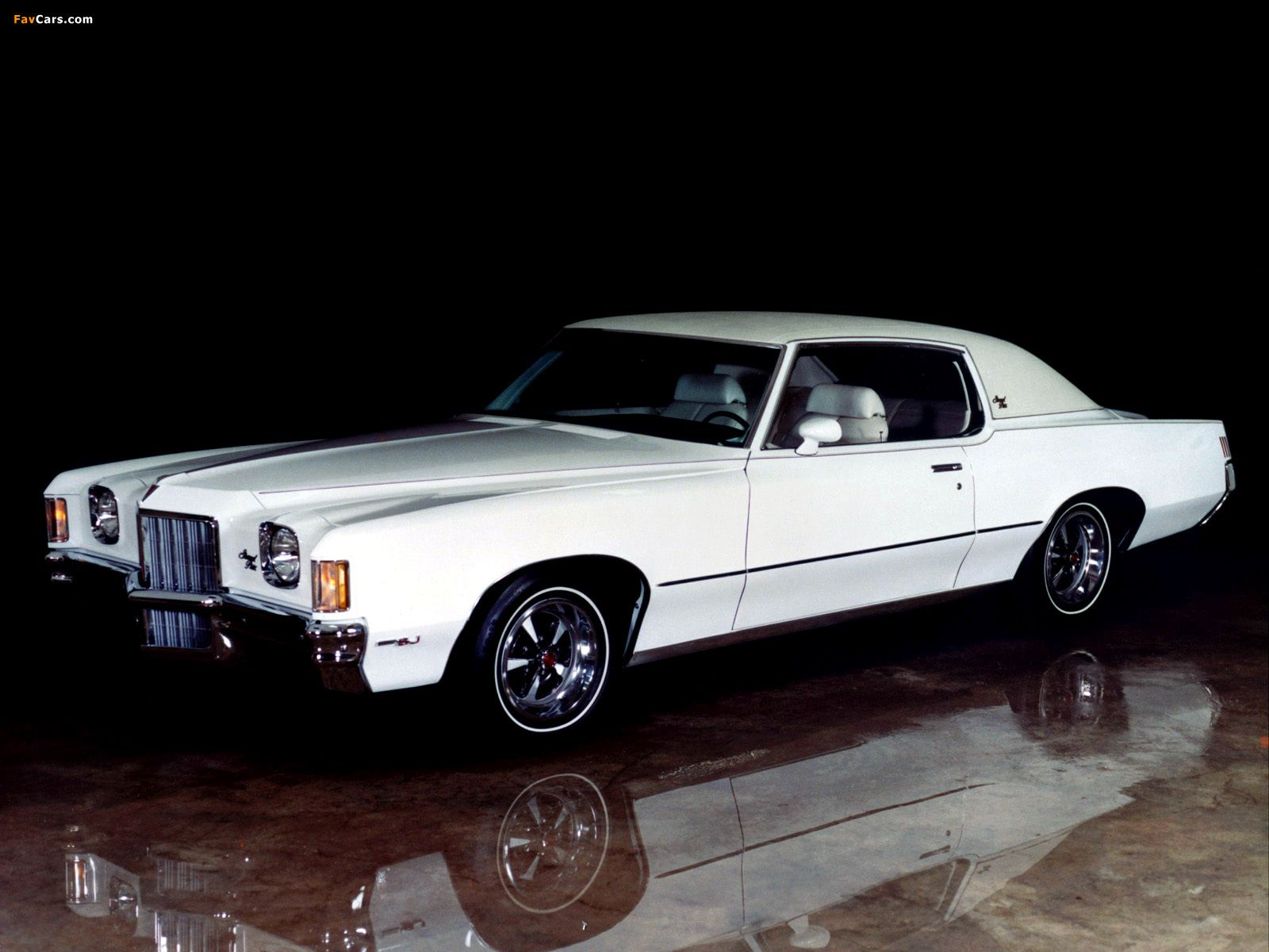 1972 Pontiac Grand Prix The material which I can produce is