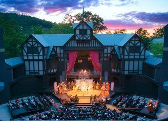 Oregon Shakespeare Festival Ashland Oregon The Outdoor Pavilion Theater Is An Amazing Experience Southern Oregon Oregon Travel Ashland Oregon