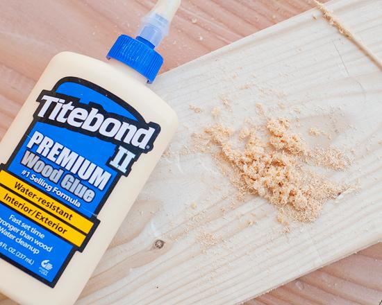 Diy Wood Filler Using A Bit Of Leftover Saw Dust You