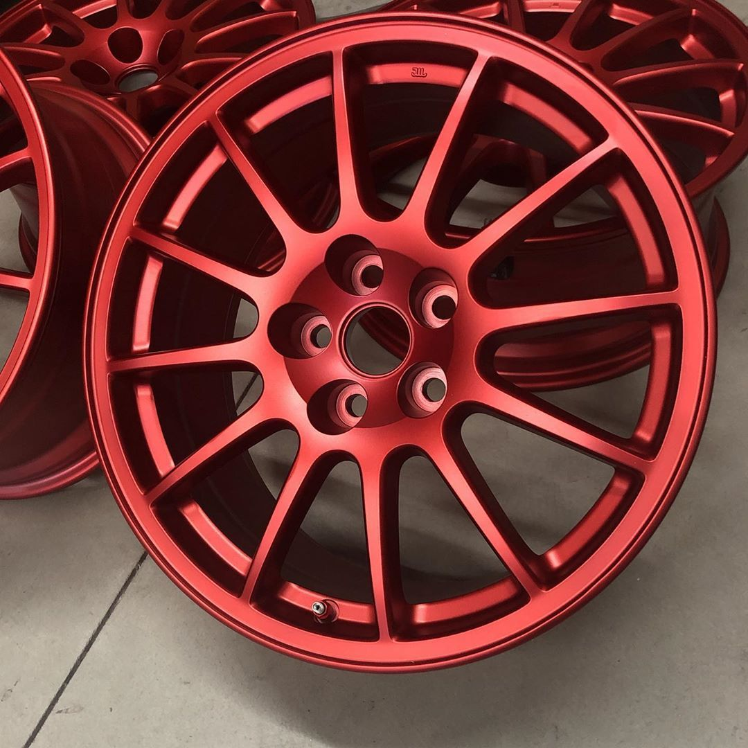 Wheels finished in anodized red elementpowdercoats