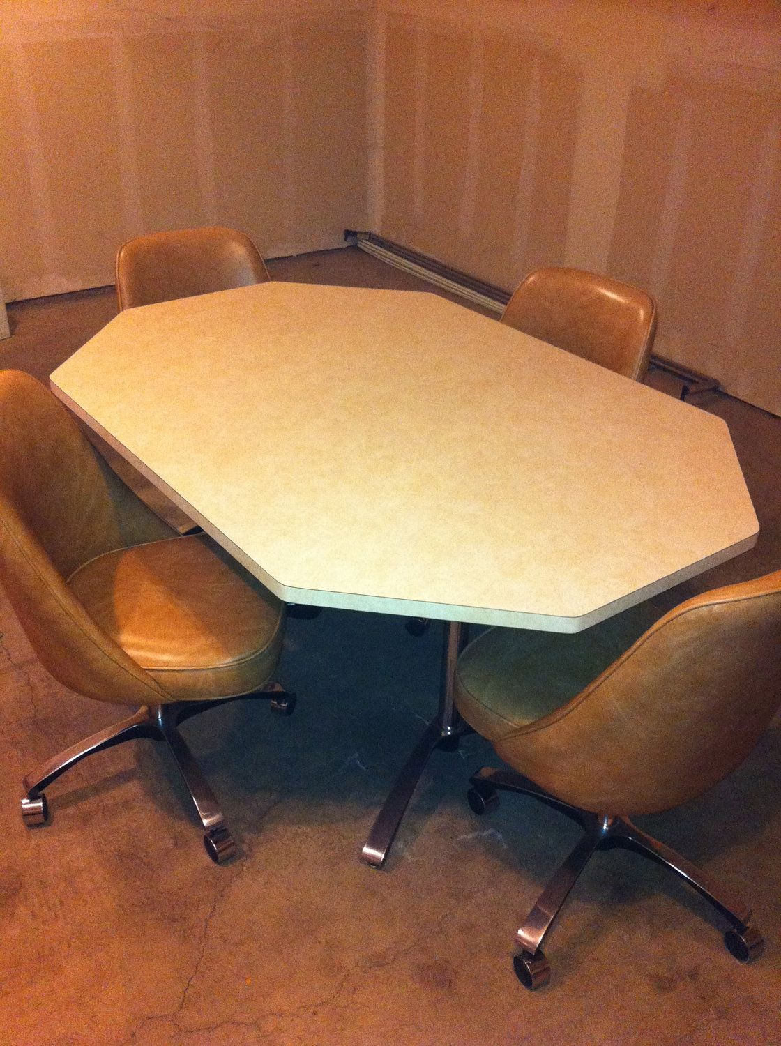 Chromcraft-Style Kitchen Dinette Set. Had this in the 70s | Old 40 ...