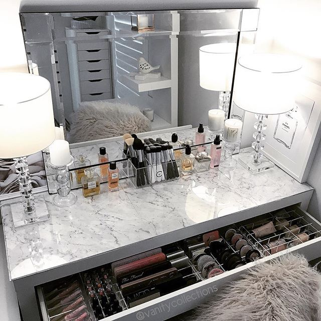 ✨ Glam and Simple ✨ . This is such a easy and elegant look to create with your IKEA Malm dressing table. Acrylic Makeup storage from us - ✔️ VC Brush holder (on the bench) ✔️ VC Dressing Table draw pack. (In the draw) I've used VC Divider sets 2, 3 and 4 and 1 x compact holder and 1 x Lipstick holder. See listing on website for other options. . Also used to create this look . ✔️ Bevelled mirror and cushions from @kmartaus ✔️ 2 x lamps (These ones are from @beaconlighting in Aust) ✔️ ma...