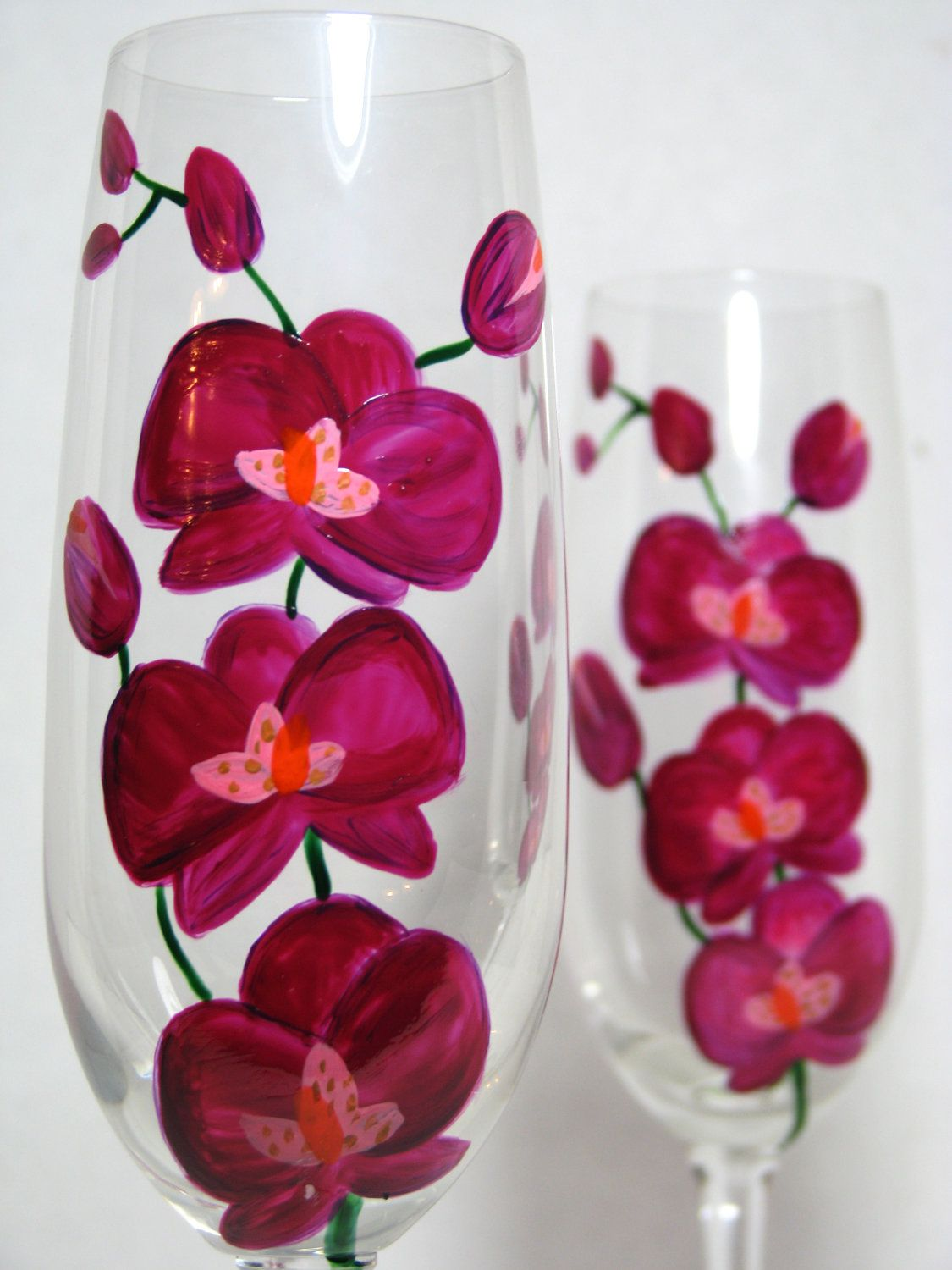 Crystal Champagne Flutes Fushia Orchids 50 00 Via Etsy Hand Painted Glassware Decorated Wine Glasses Hand Painted Wine Glasses
