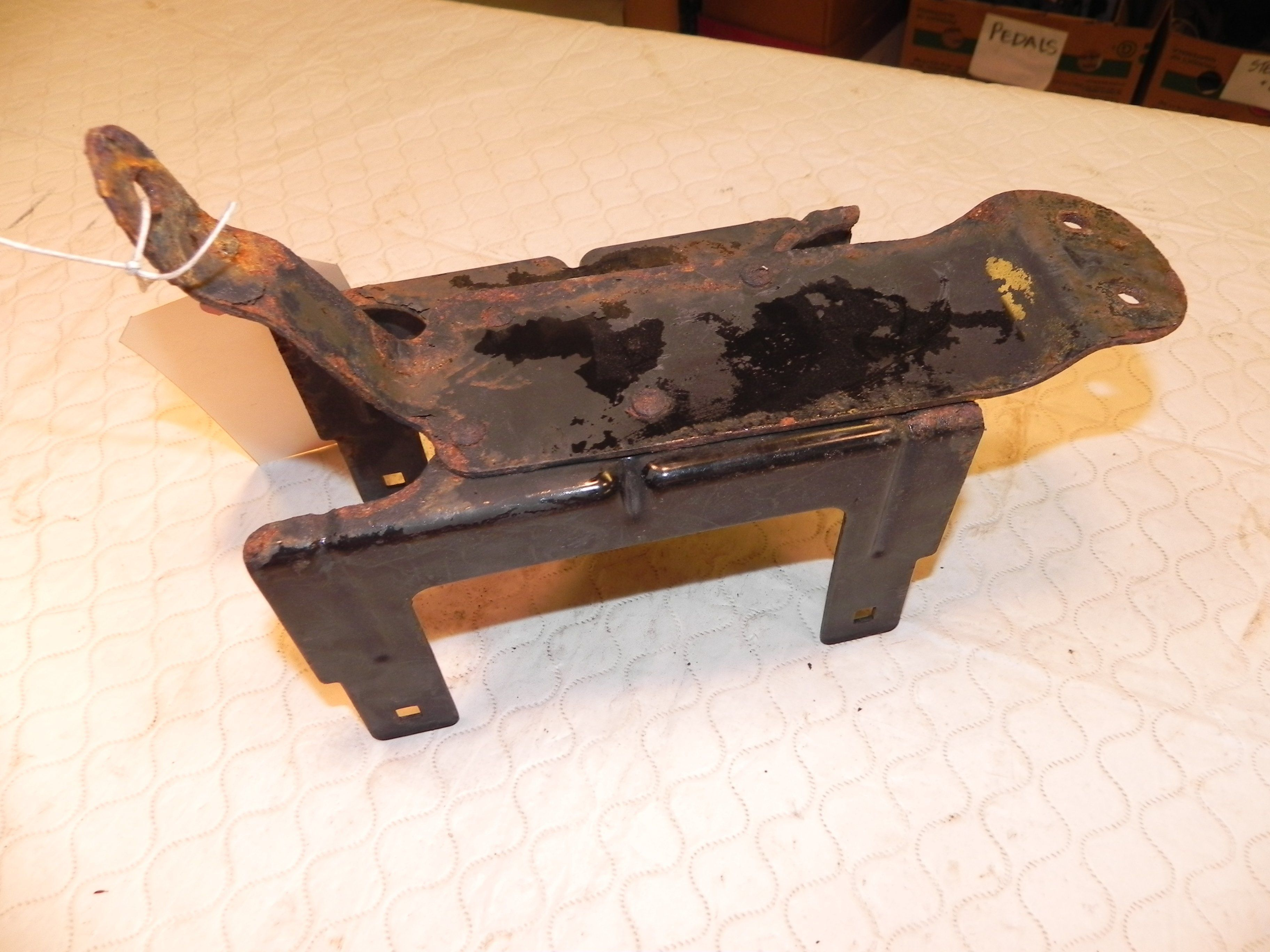 small resolution of jeep wrangler tj under hood fuse box mount bracket oem 4 0l 03 06