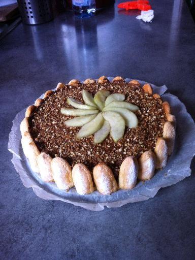 charlotte facile poire chocolat desserts chocolat poire au chocolat et dessert. Black Bedroom Furniture Sets. Home Design Ideas