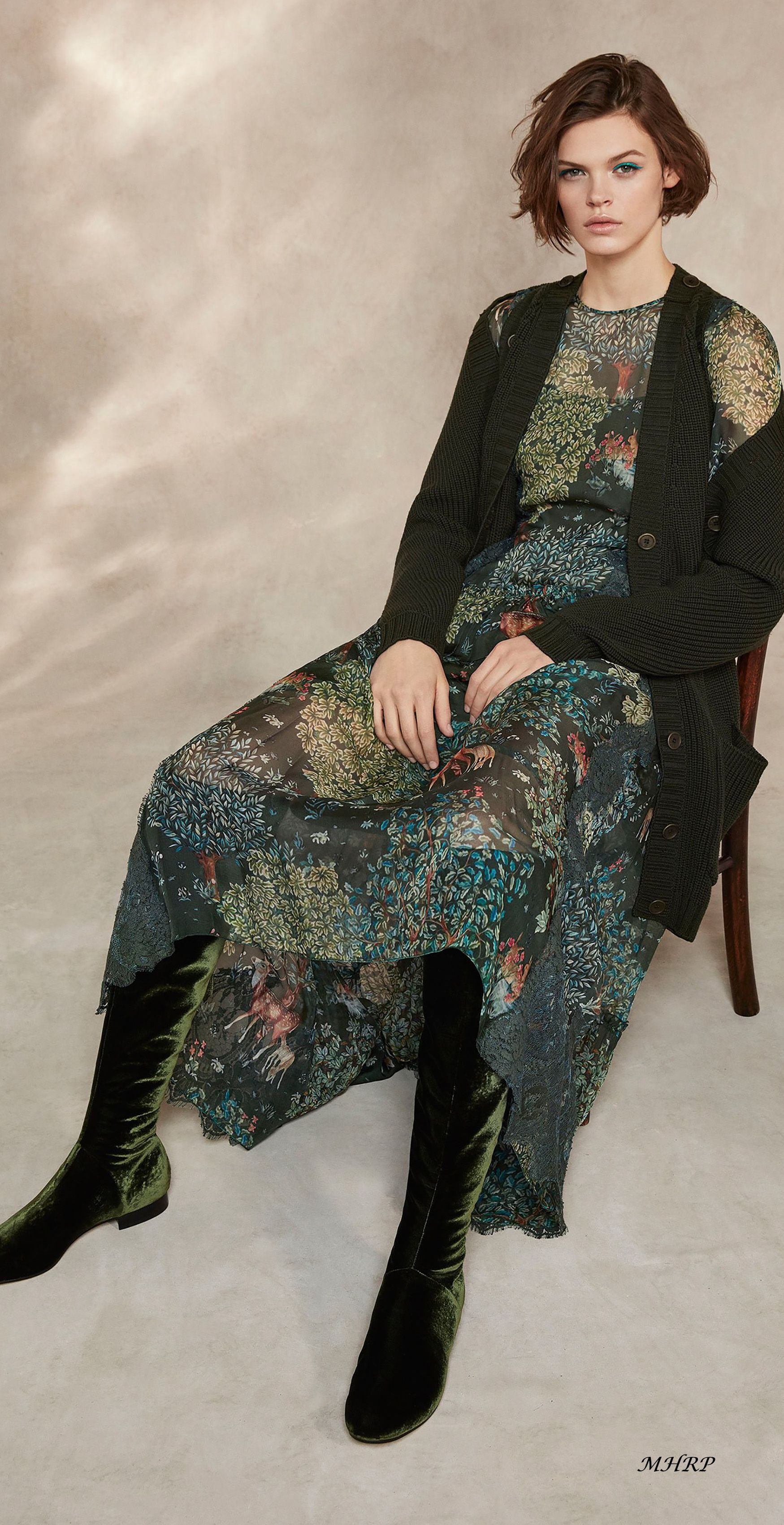 Alberta-Ferretti-Pre-Fall-18_image pinned from vogue.com