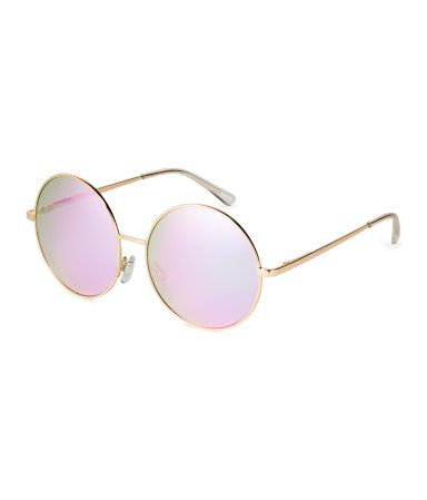 a57c153b22c1 Gold mirror lens. Sunglasses with large