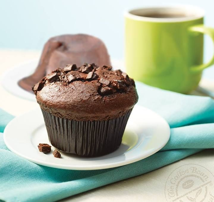 Whether you're hankering for a great breakfast treat or looking for a decadent dessert, you can't go wrong with scrumptious Chocolate Chip Muffin !