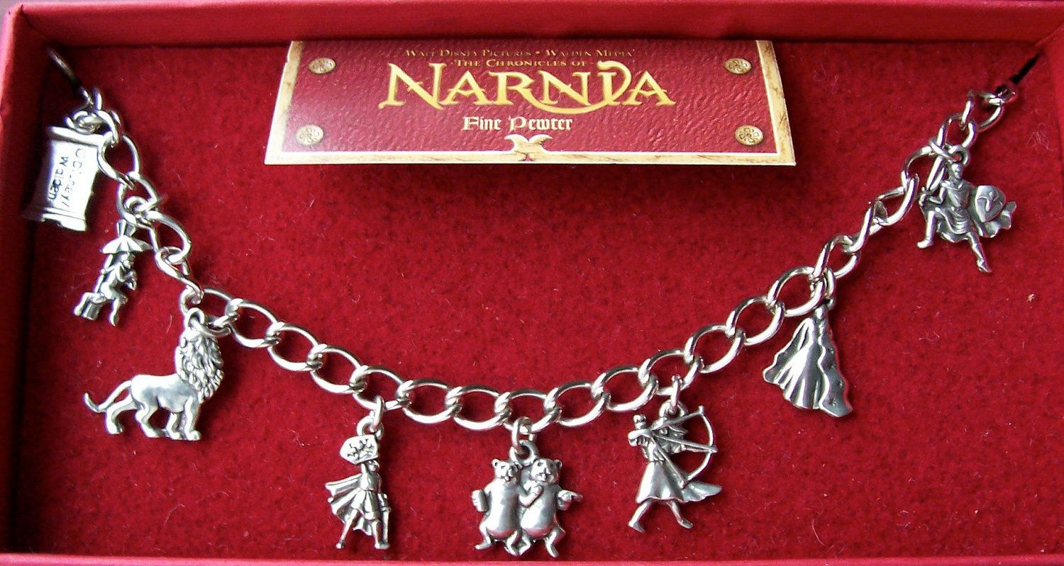 Chronicles of Narnia Pewter Charm Bracelet 8 Character Charms