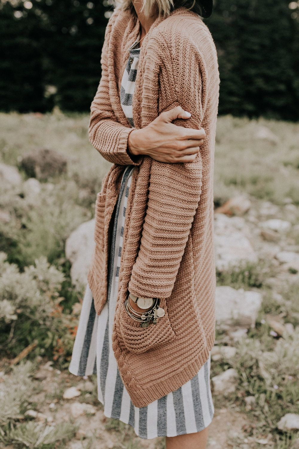 Thick Knit Neutral Cardigan | ROOLEE