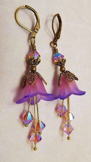 Photo of How to Make Vintage Style Trumpet Lucite Flower Jewelry