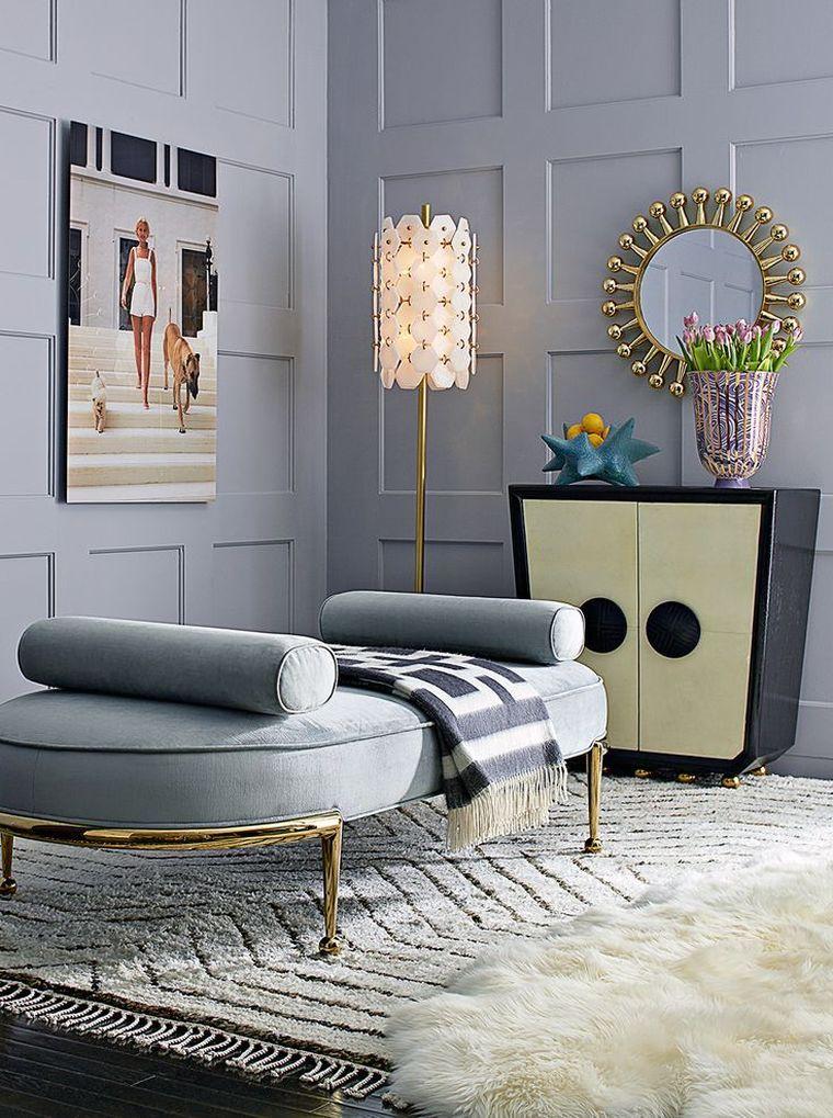 déco salon gris et blanc avec tapis de sol et accents dorés ...