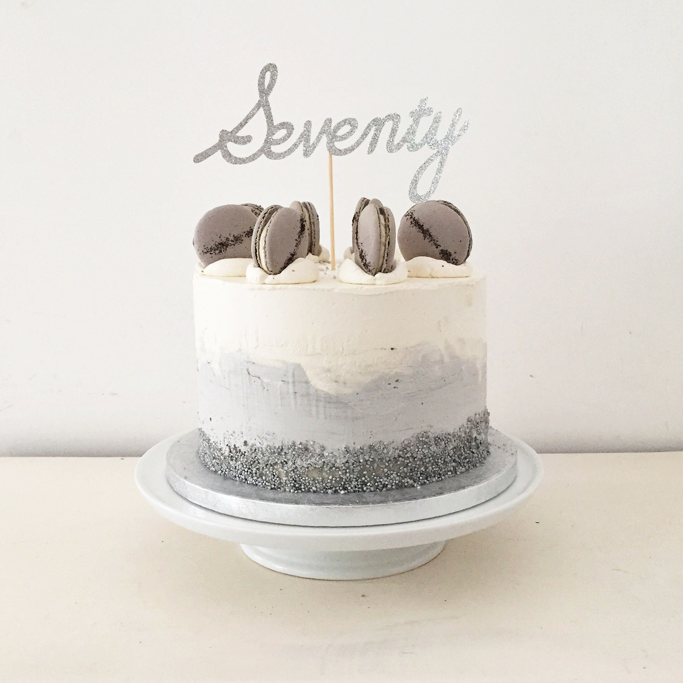 Grey and white ombr watercolour effect buttercream London
