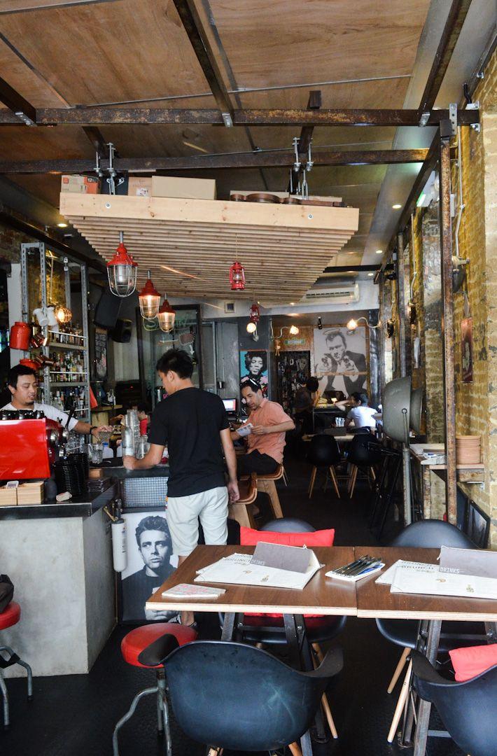 24 Cafes Bars Restaurants Along Haji Lane And North Bridge Road Cool Cafe Cafe Restaurant Cafe