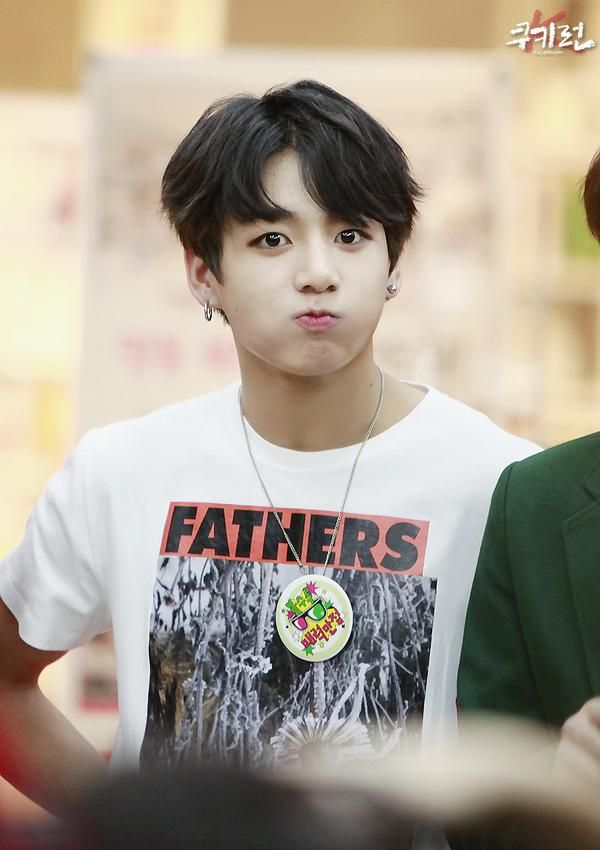 141125 BTS @ Myeongdong Fansign - Jungkook << Baby, why your shirt say that heh? Did Namjin make you wear it?