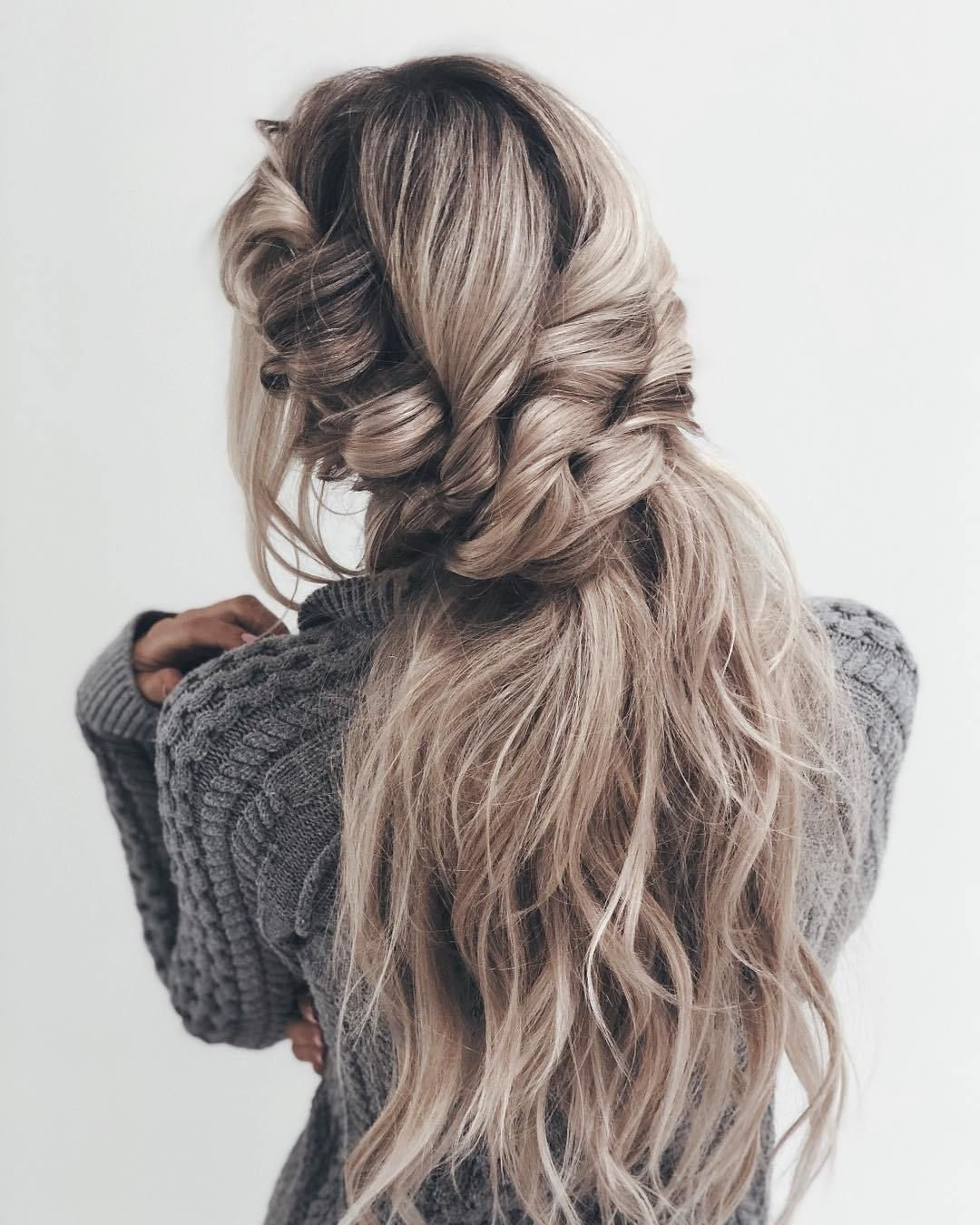 Blonde hair + pull through braid #braids #hairstyles #bohohairstyles